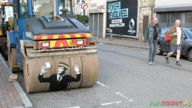 street-art-last-walz-dampfwalze_a424351